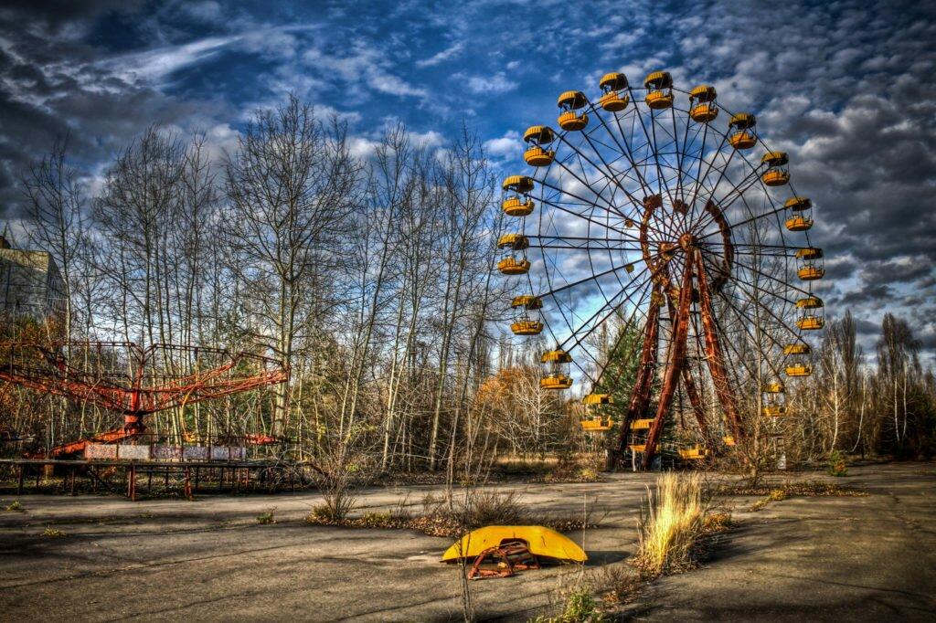 Колесо обозрения в Припяти фото