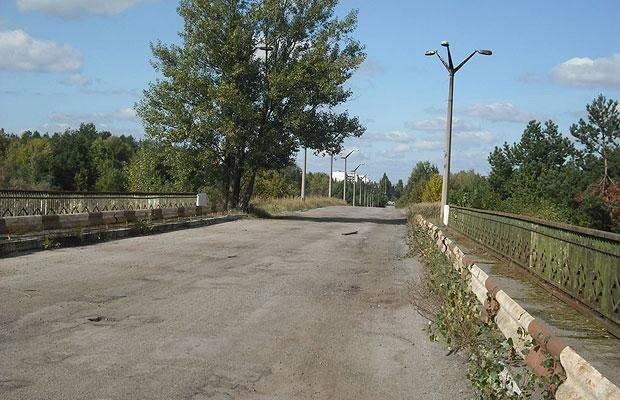Мост смерти в Чернобыле фото
