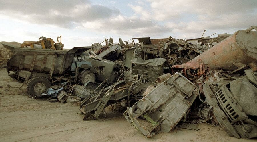 Заброшенная военная техника в Чернобыле