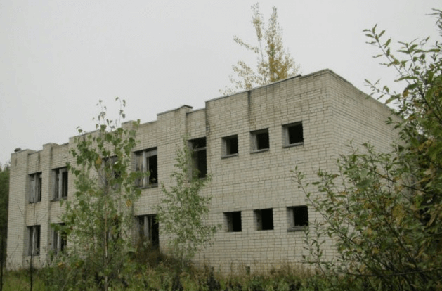 Заброшенный пионерлагерь «Жилищная инициатива» (Владимирская область) изображение