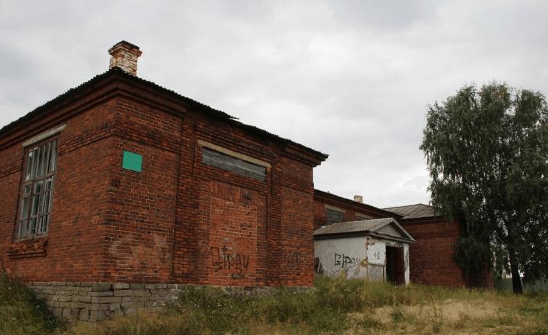 Заброшенная Шуралинская общеобразовательная школа фото