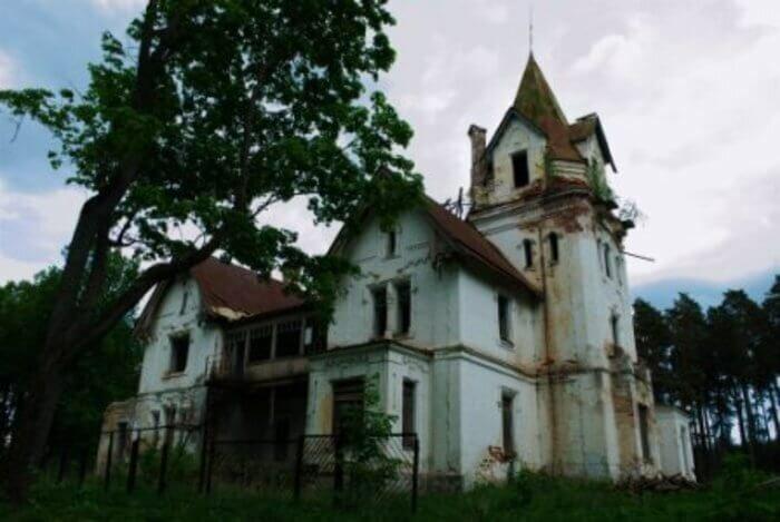 Заброшенная усадьба Грузинских (Владимирская область) фото
