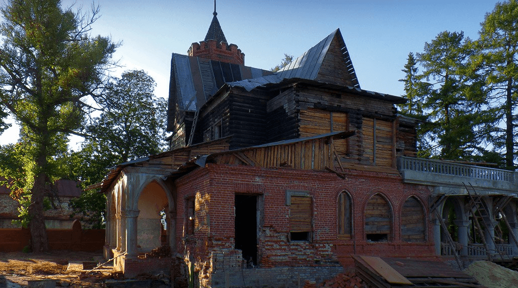 Заброшенная усадьба фабриканта Сенькова (Владимирская область) фото