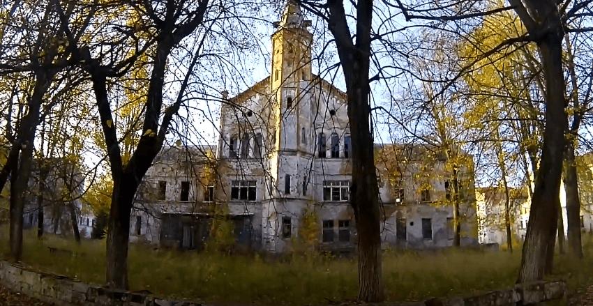 Заброшенные больницы